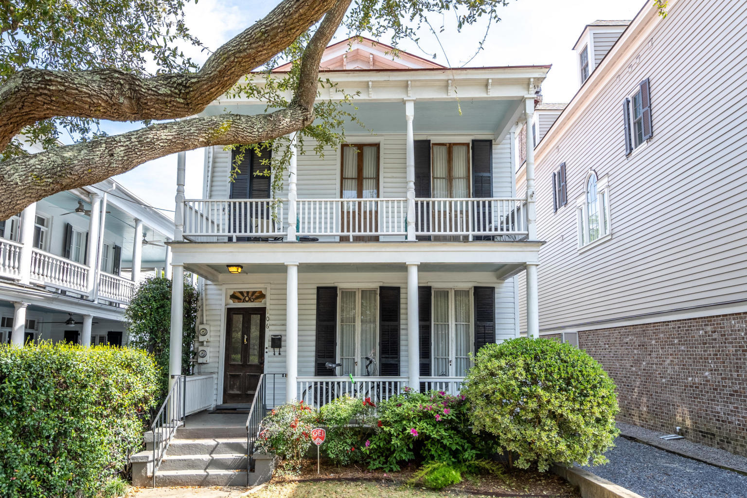 106 Rutledge Avenue Charleston, SC 29401