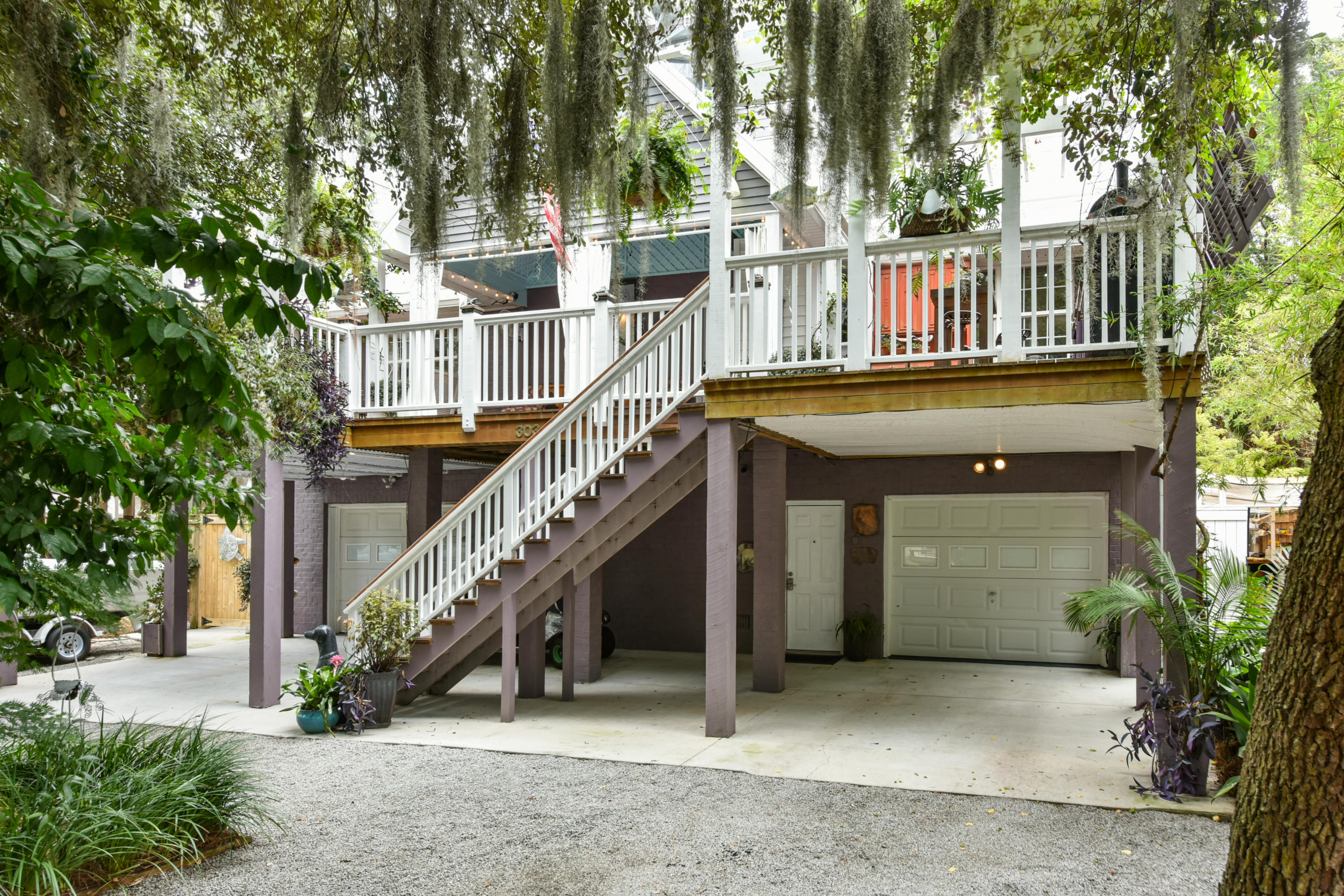 304 E Erie Avenue Folly Beach, SC 29439