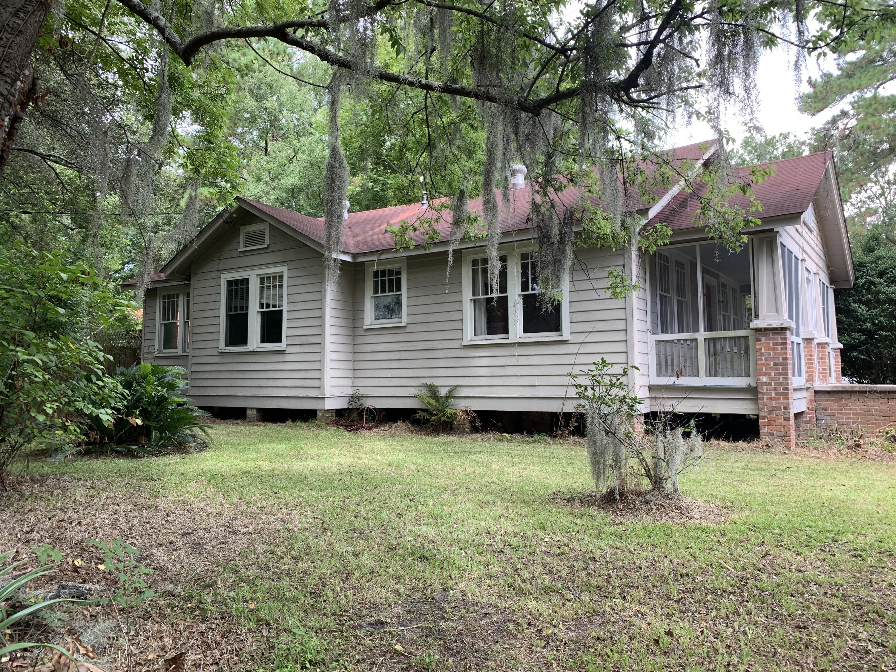 471 Woodland Shores Road Charleston, SC 29412