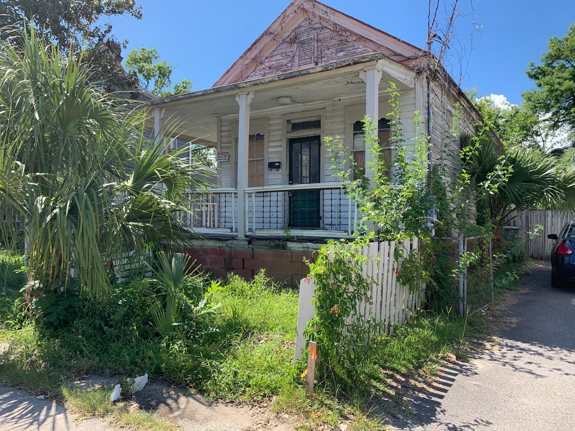 30 Ashton Street Charleston, SC 29403