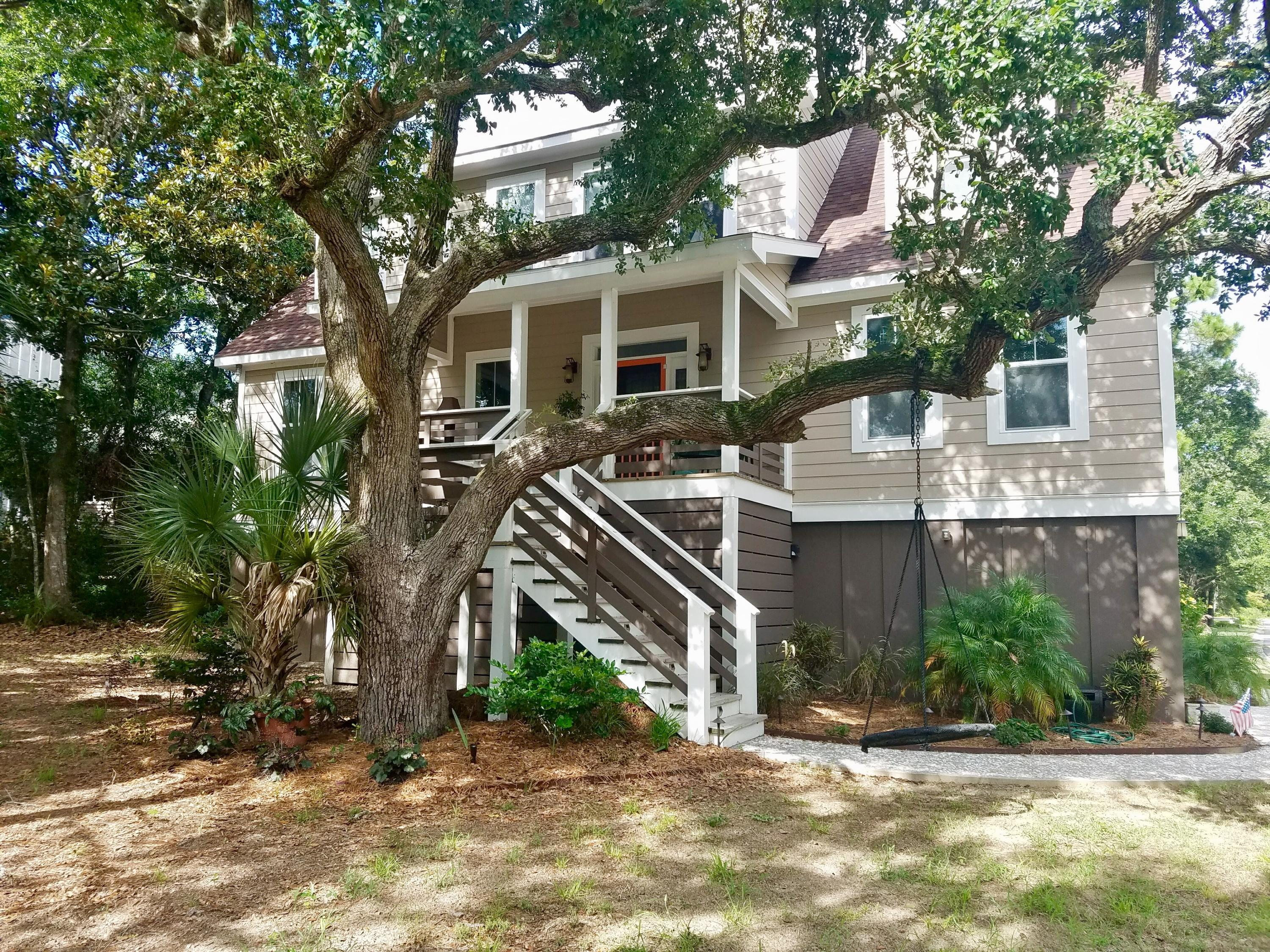 412 W Hudson Avenue Folly Beach, SC 29439