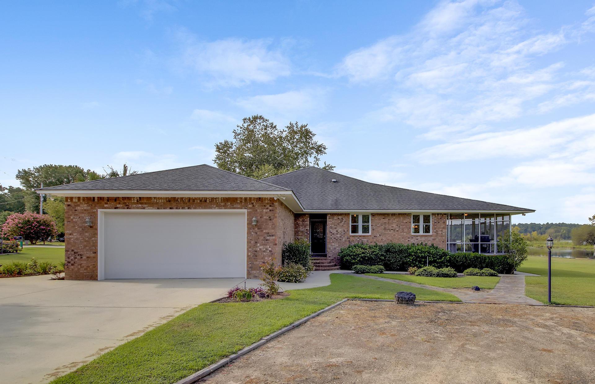 1522 Cottage Drive Summerton, SC 29148