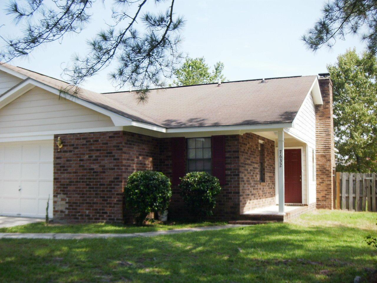 7632 Valleyview Circle North Charleston, SC 29418