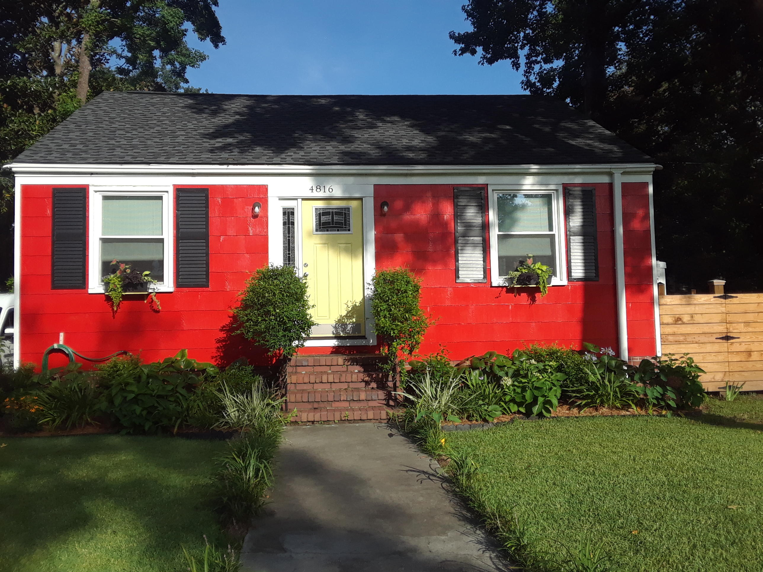 4816 Parkside Drive North Charleston, SC 29405