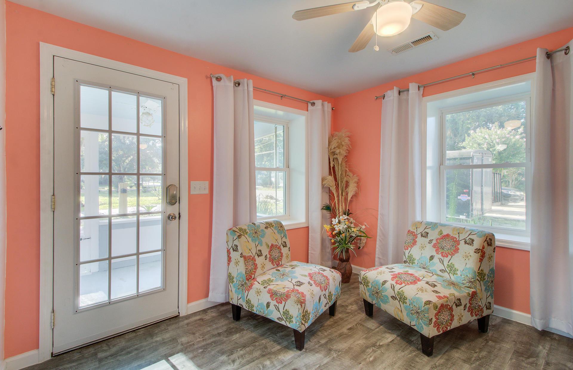 1853 Meadowlawn Drive Charleston, SC 29407