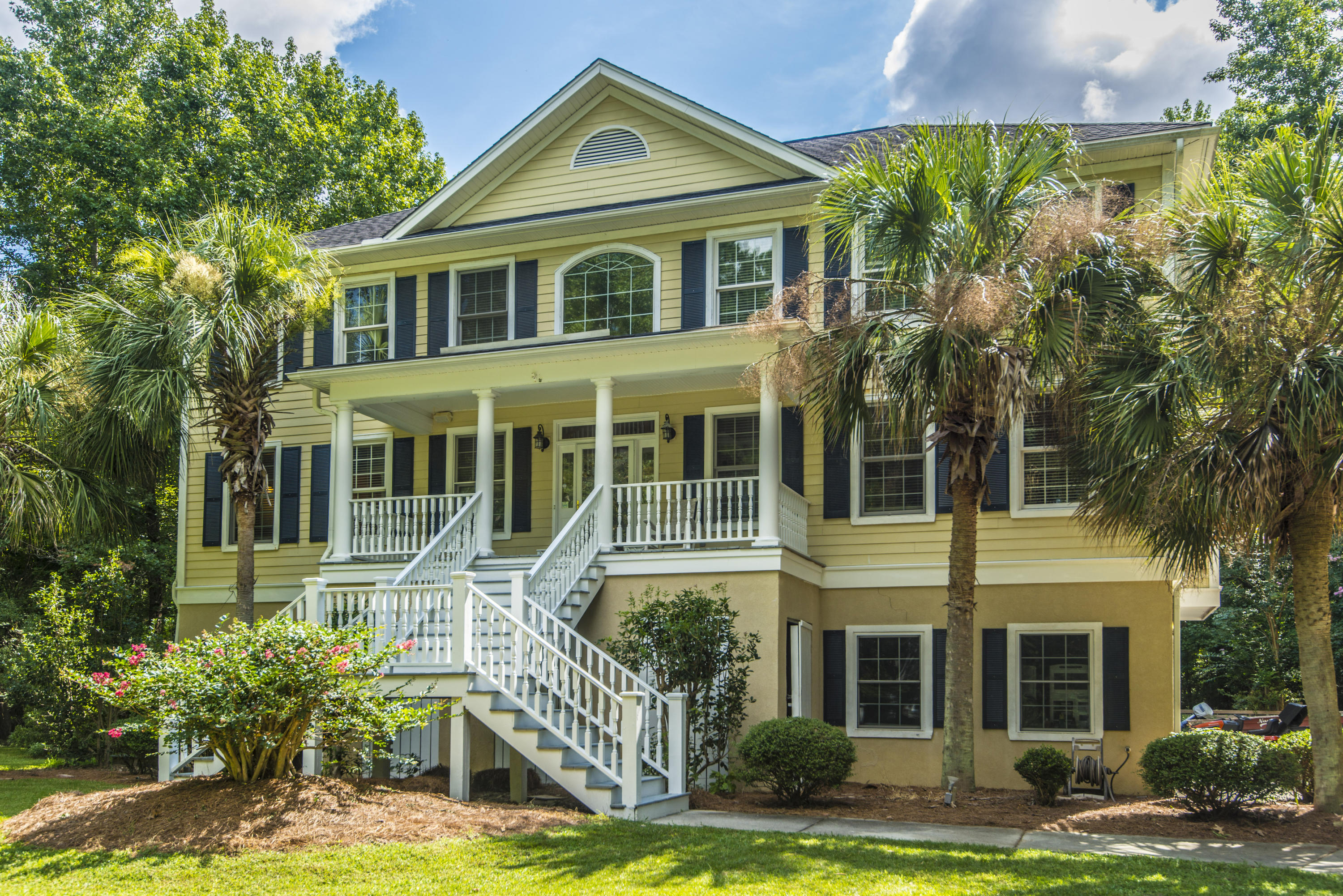 552 Flannery Place Mount Pleasant, SC 29466