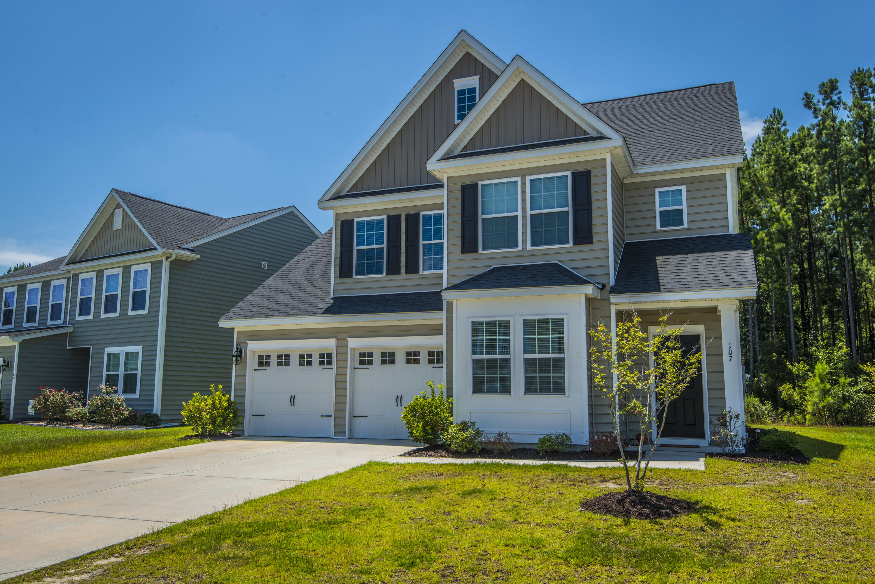 107 Yaupon Holly Circle Summerville, SC 29486
