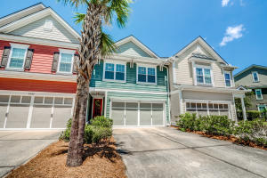 2061 Kings Gate Lane, Mount Pleasant, SC 29466