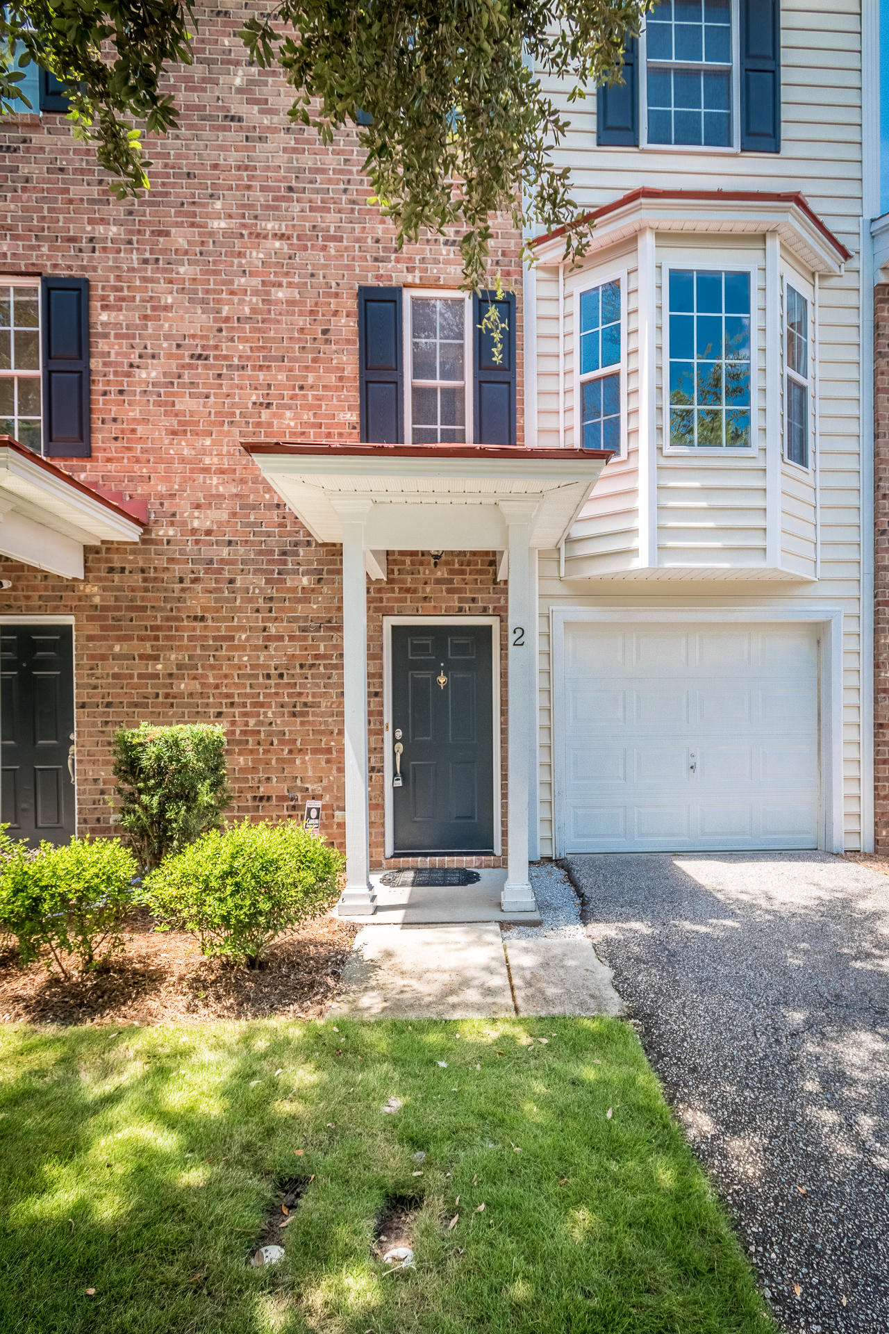 4006 Radcliffe Place Drive Charleston, SC 29414