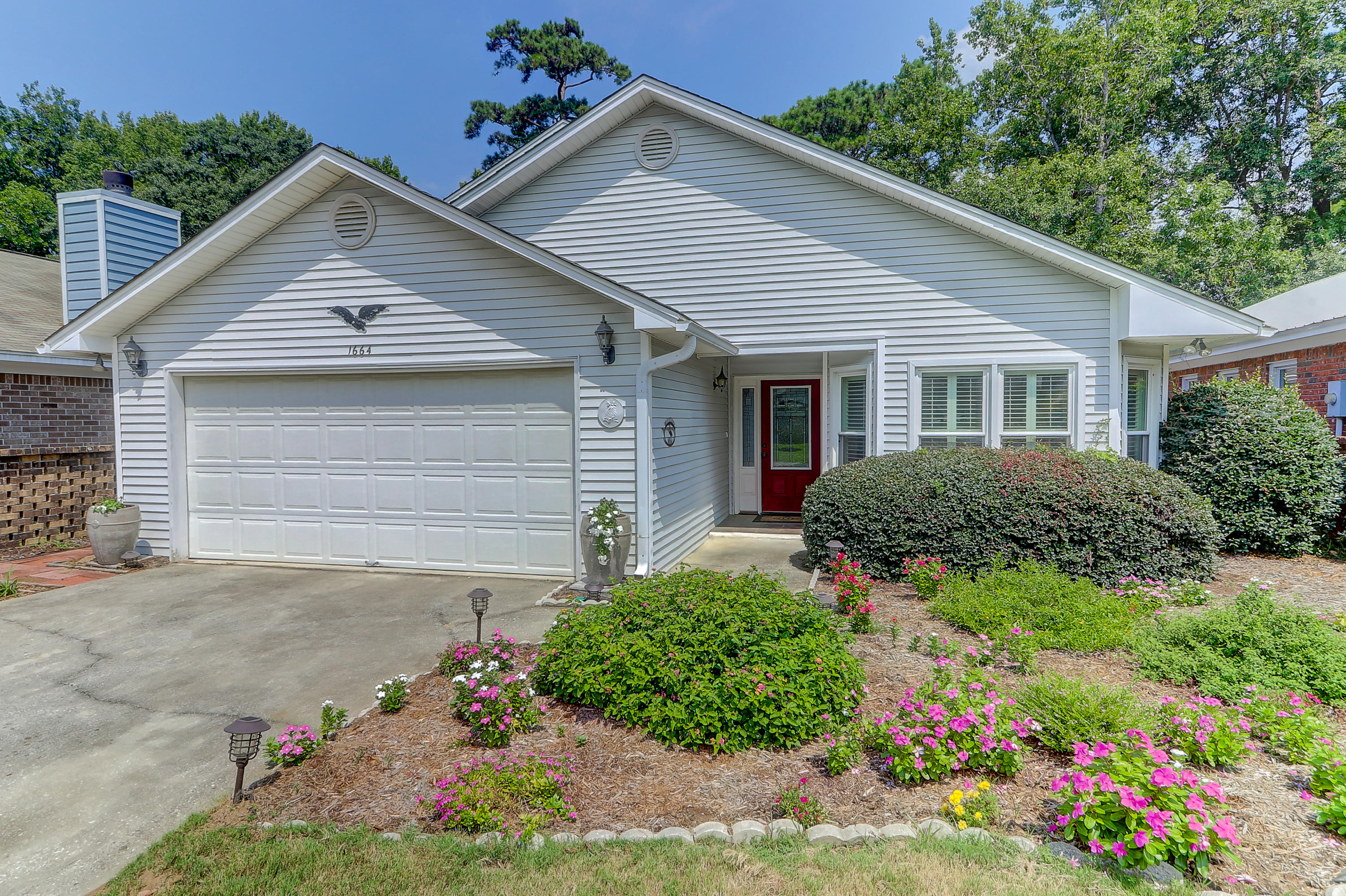 1664 Fairway Place Lane Mount Pleasant, SC 29464