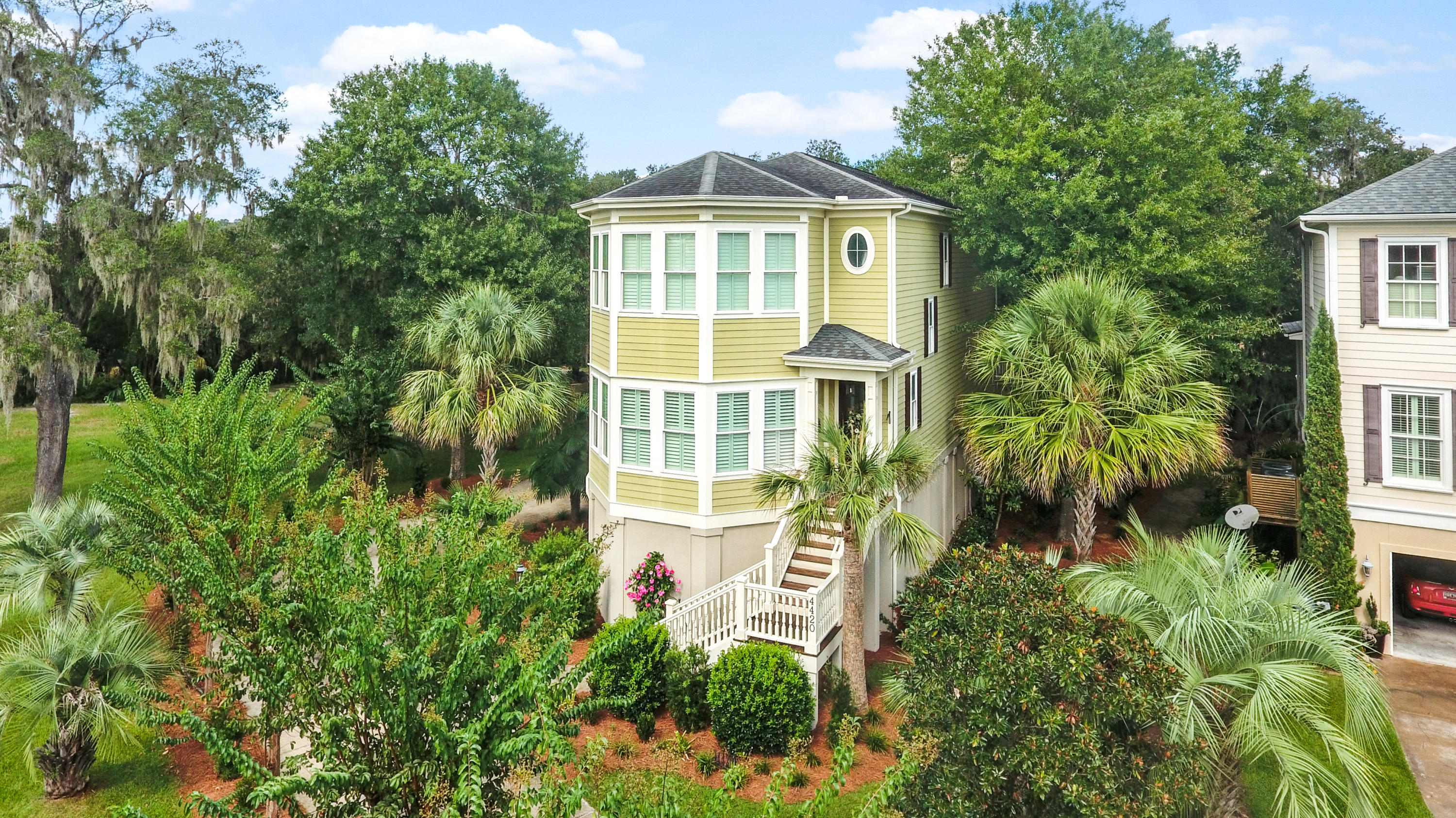 4420 Stoney Poynt Court Charleston, SC 29405
