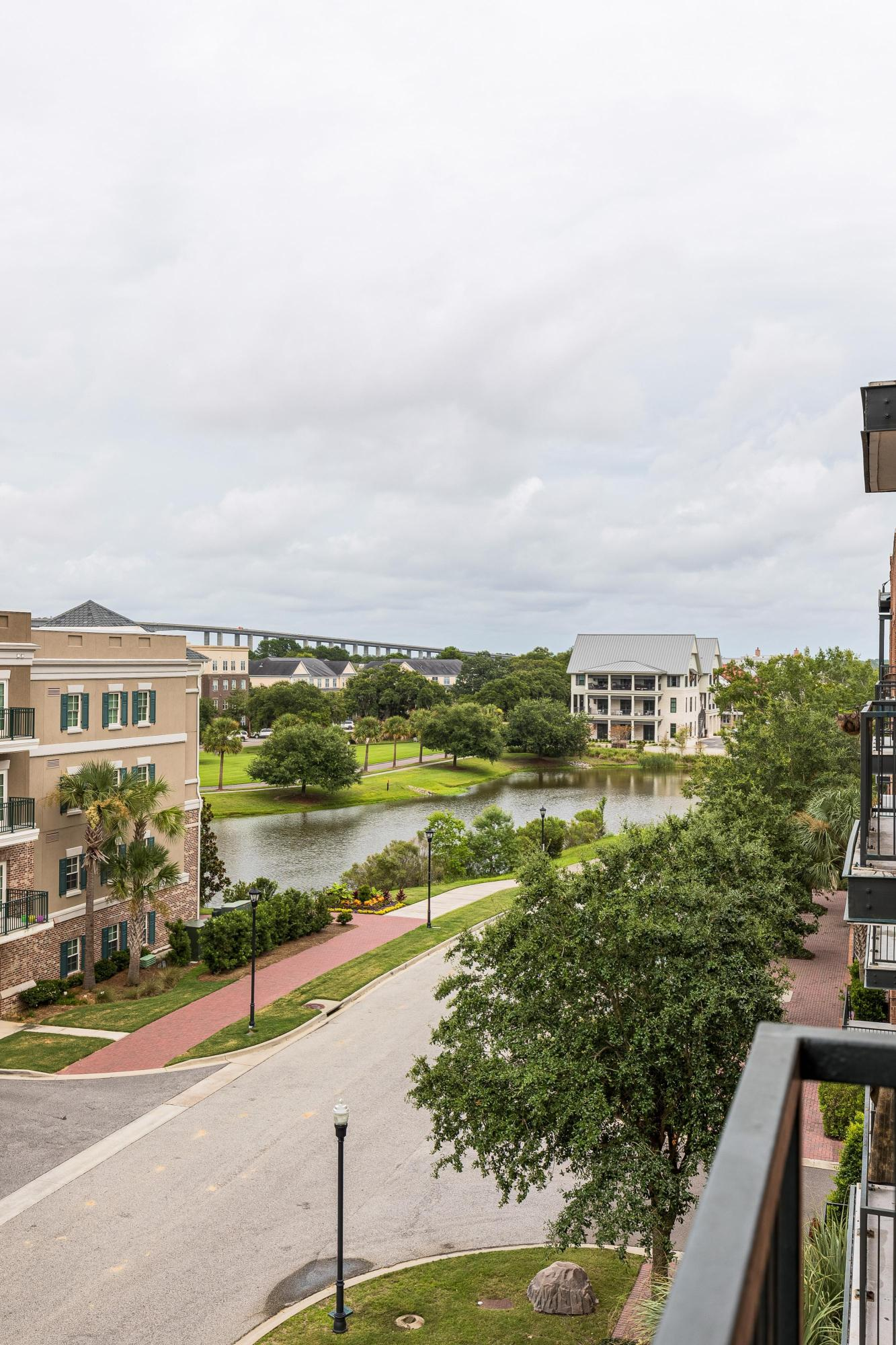 Pier View Homes For Sale - 135 Pier View, Charleston, SC - 14