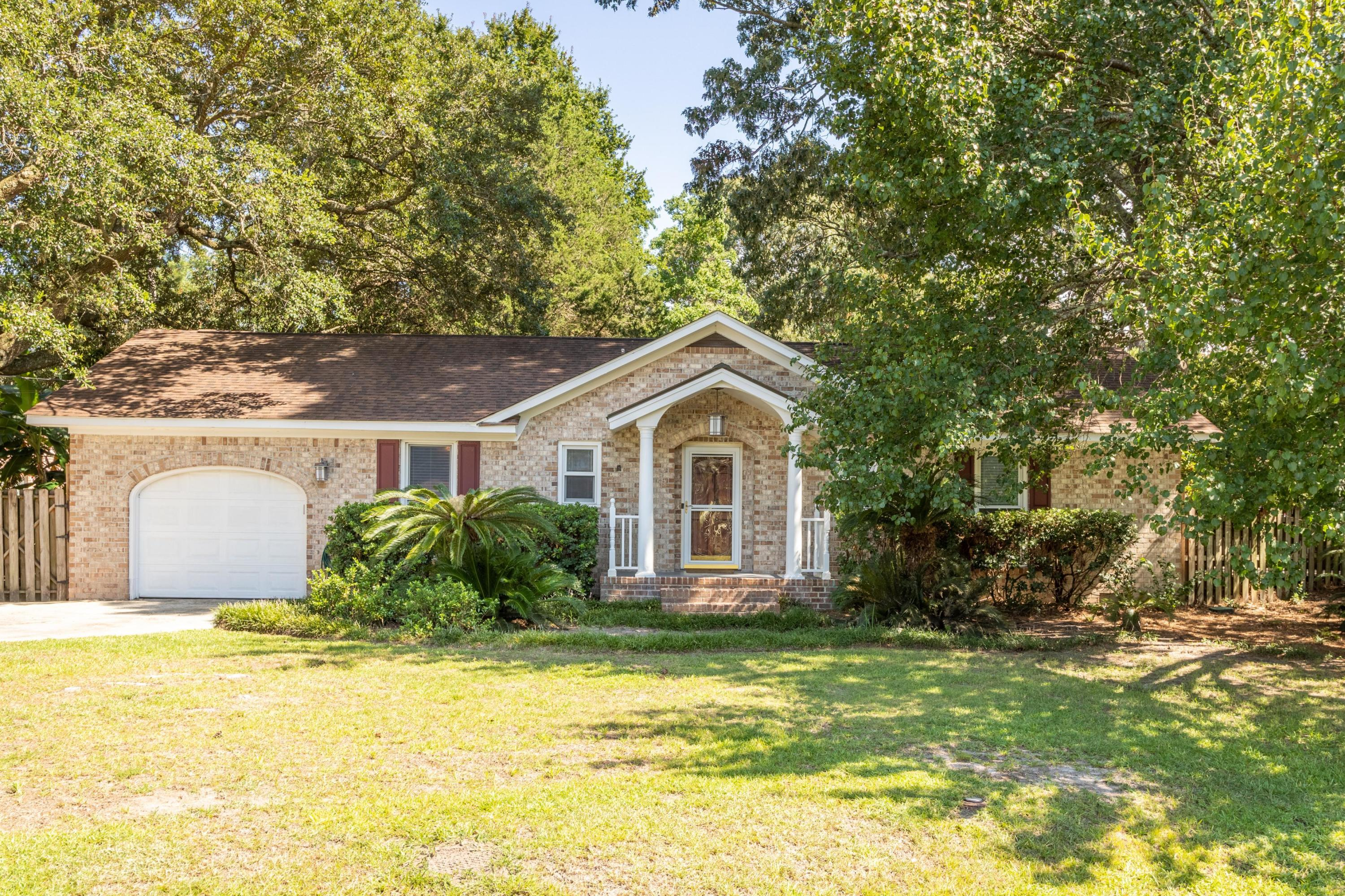 1443 Mellowood Place Charleston, SC 29412