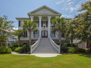 1652 Rivertowne Country Club Drive, Mount Pleasant, SC 29466