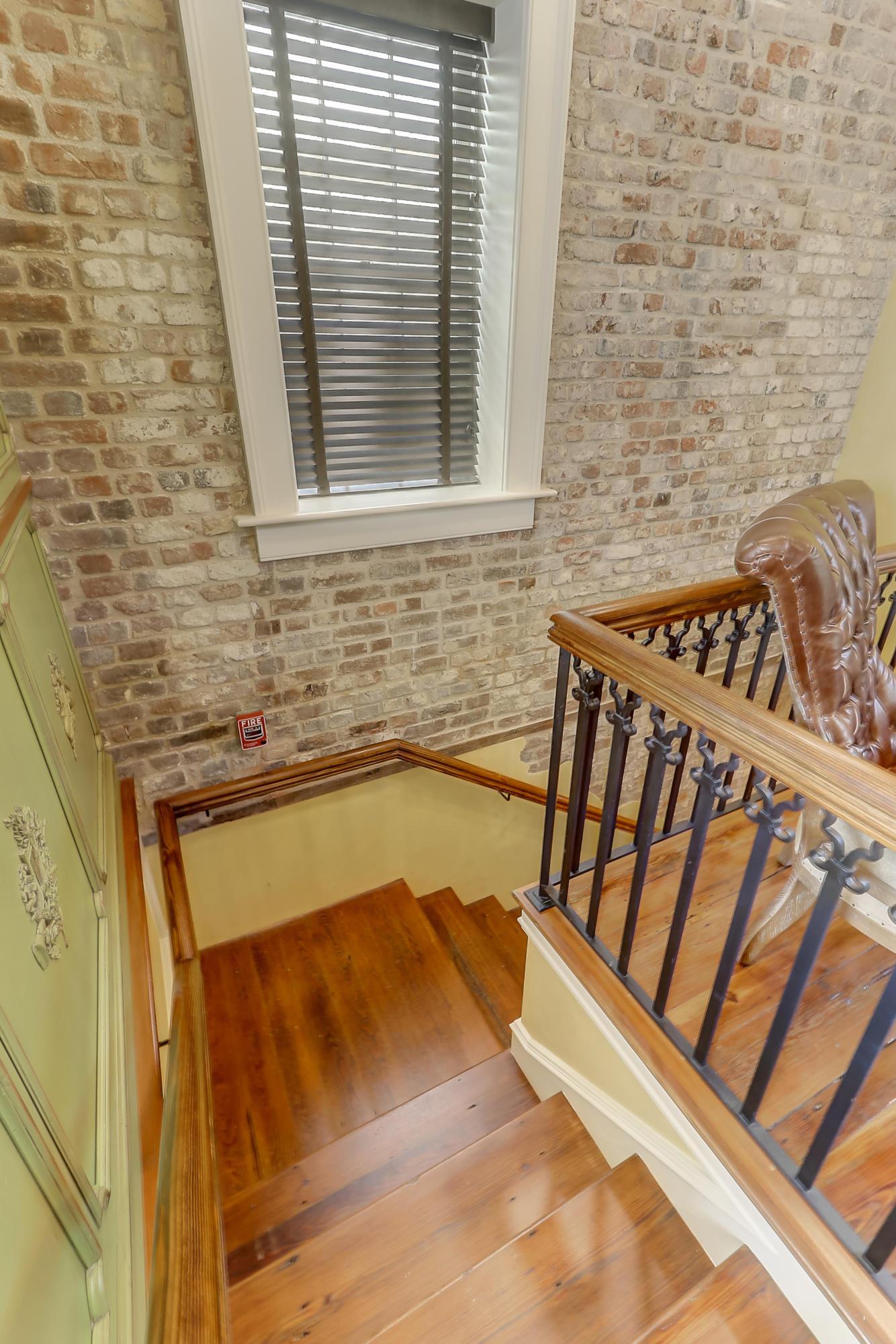 29 Broad Street Charleston, SC 29401
