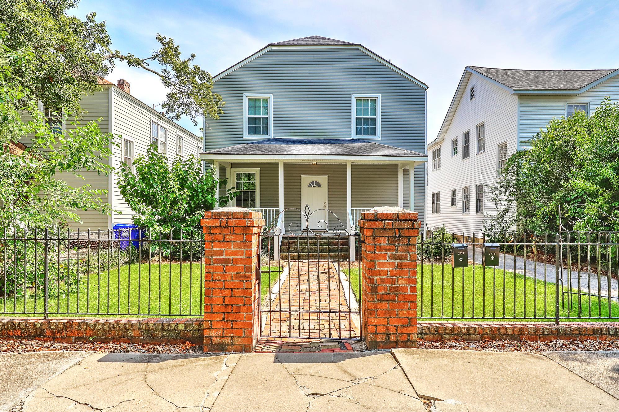 207 W Poplar Street Charleston, SC 29403