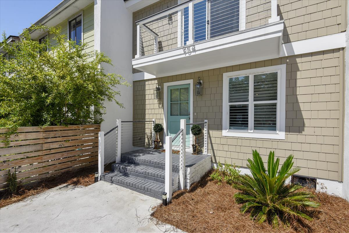 954 Myrtle Court Mount Pleasant, SC 29464