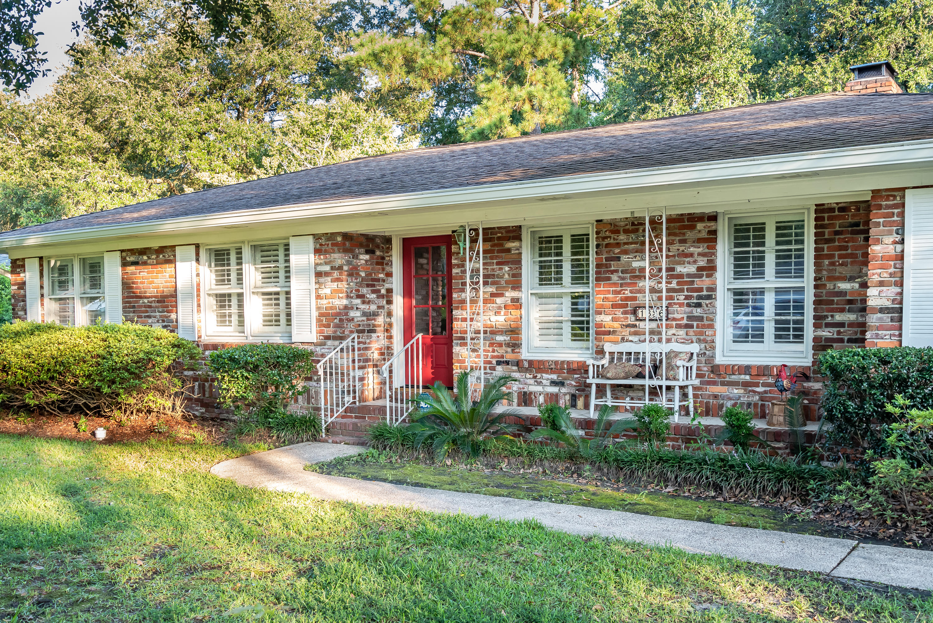 1336 Coleridge Street Charleston, SC 29407