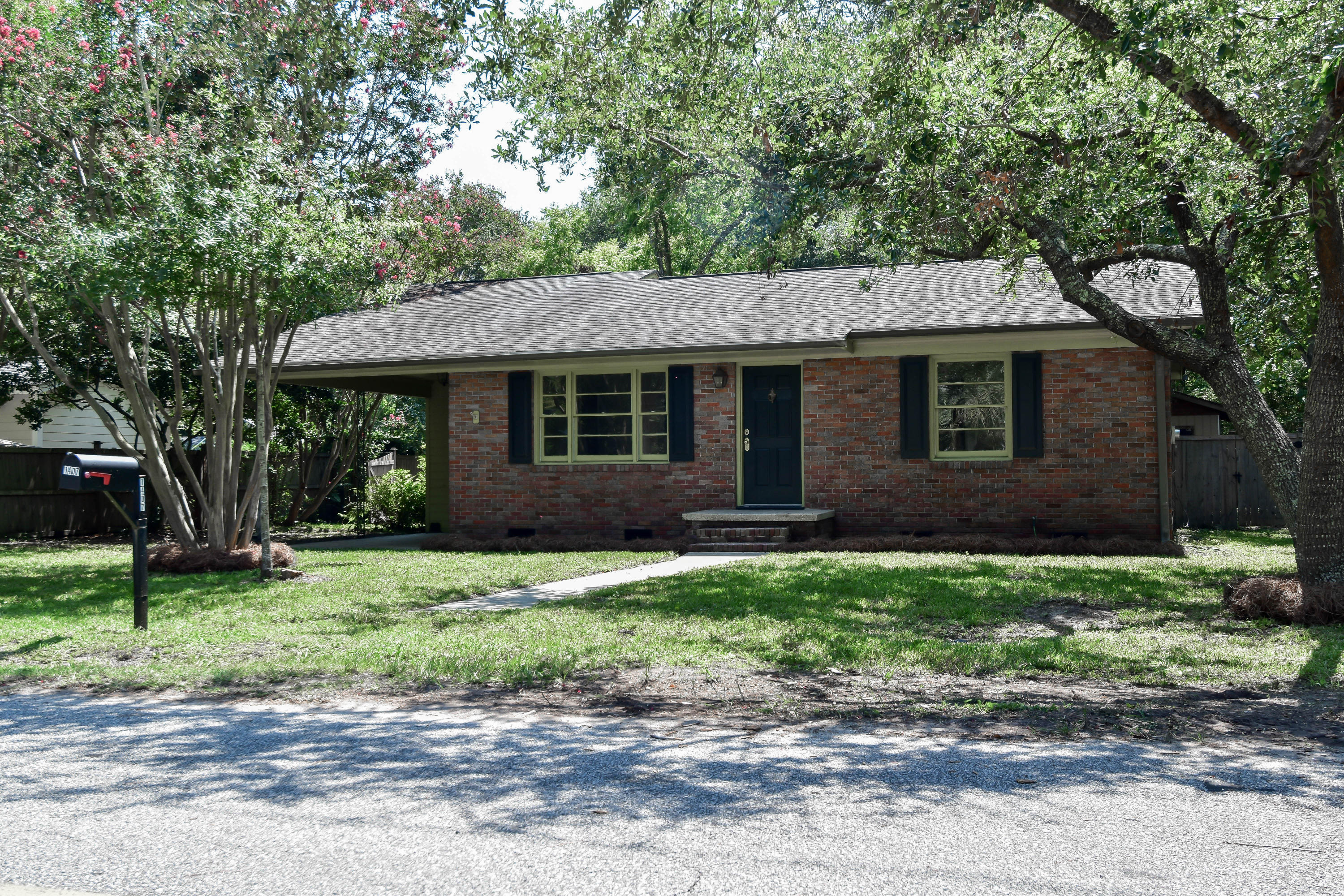 1407 Hindman Avenue Mount Pleasant, SC 29464