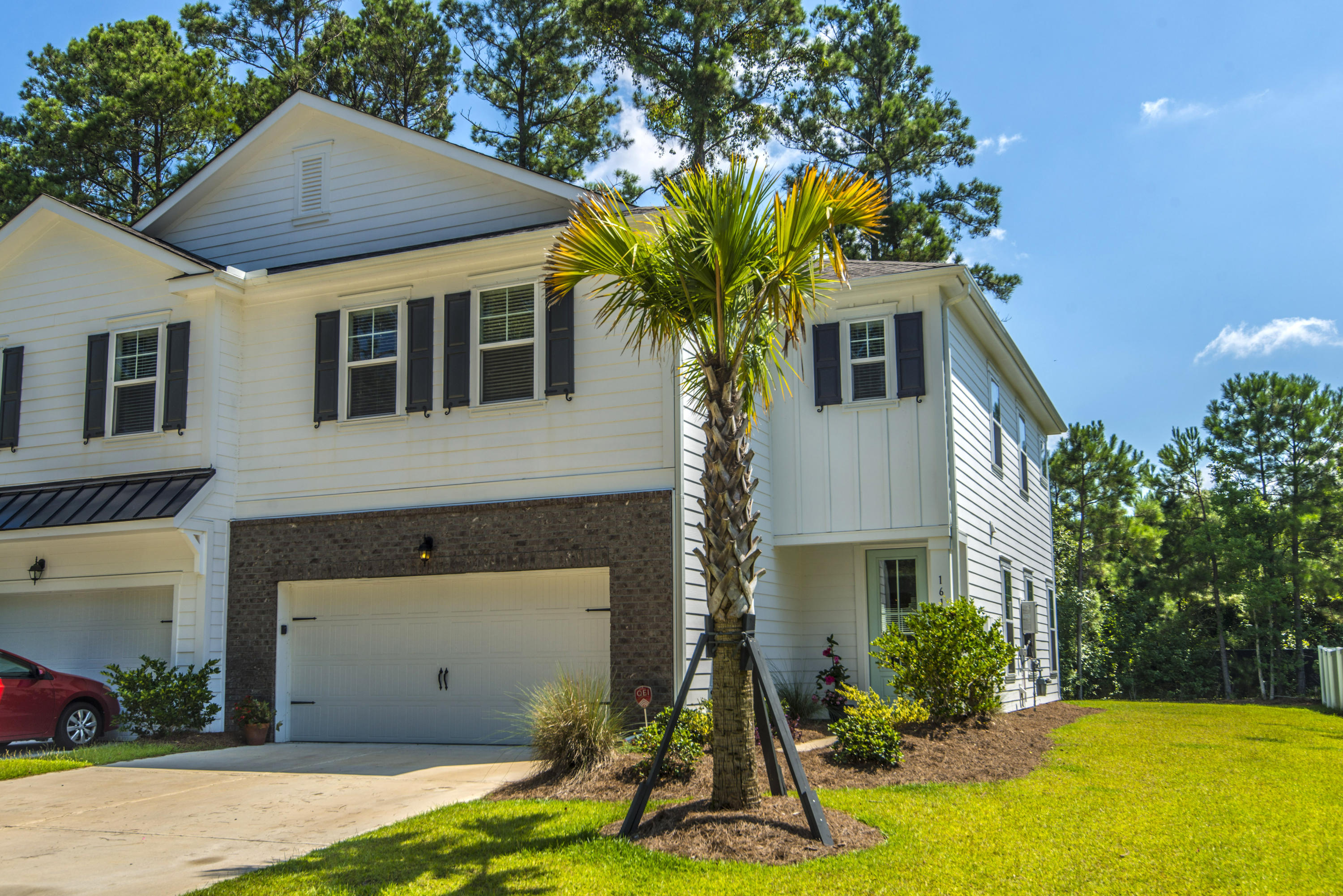 1612 Mermentau Street Mount Pleasant, SC 29466