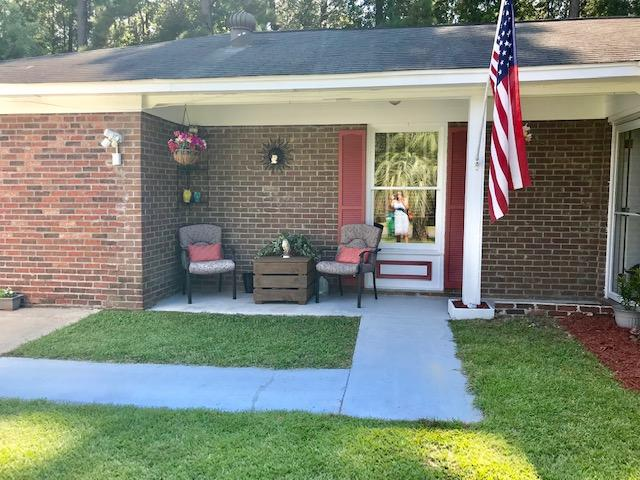 446 Longleaf Drive Summerville, SC 29483