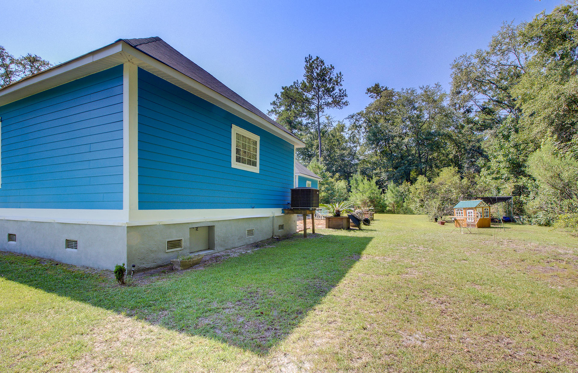 8667 Parkers Ferry Road Adams Run, SC 29426