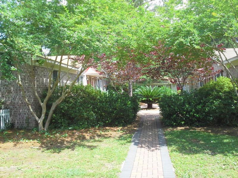 1536 B Inland Avenue Charleston, SC 29412