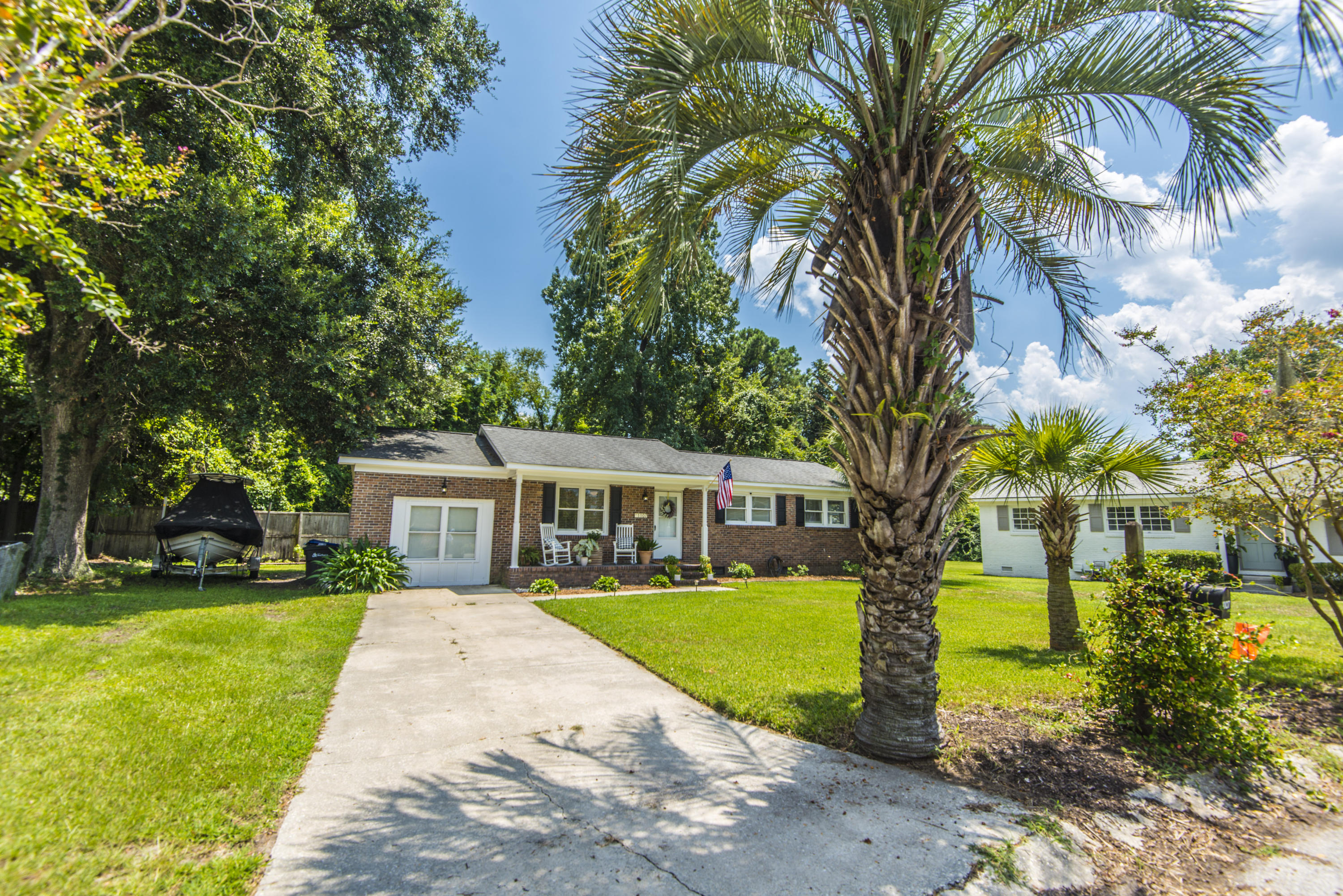 1107 S Shadow Drive Mount Pleasant, SC 29464