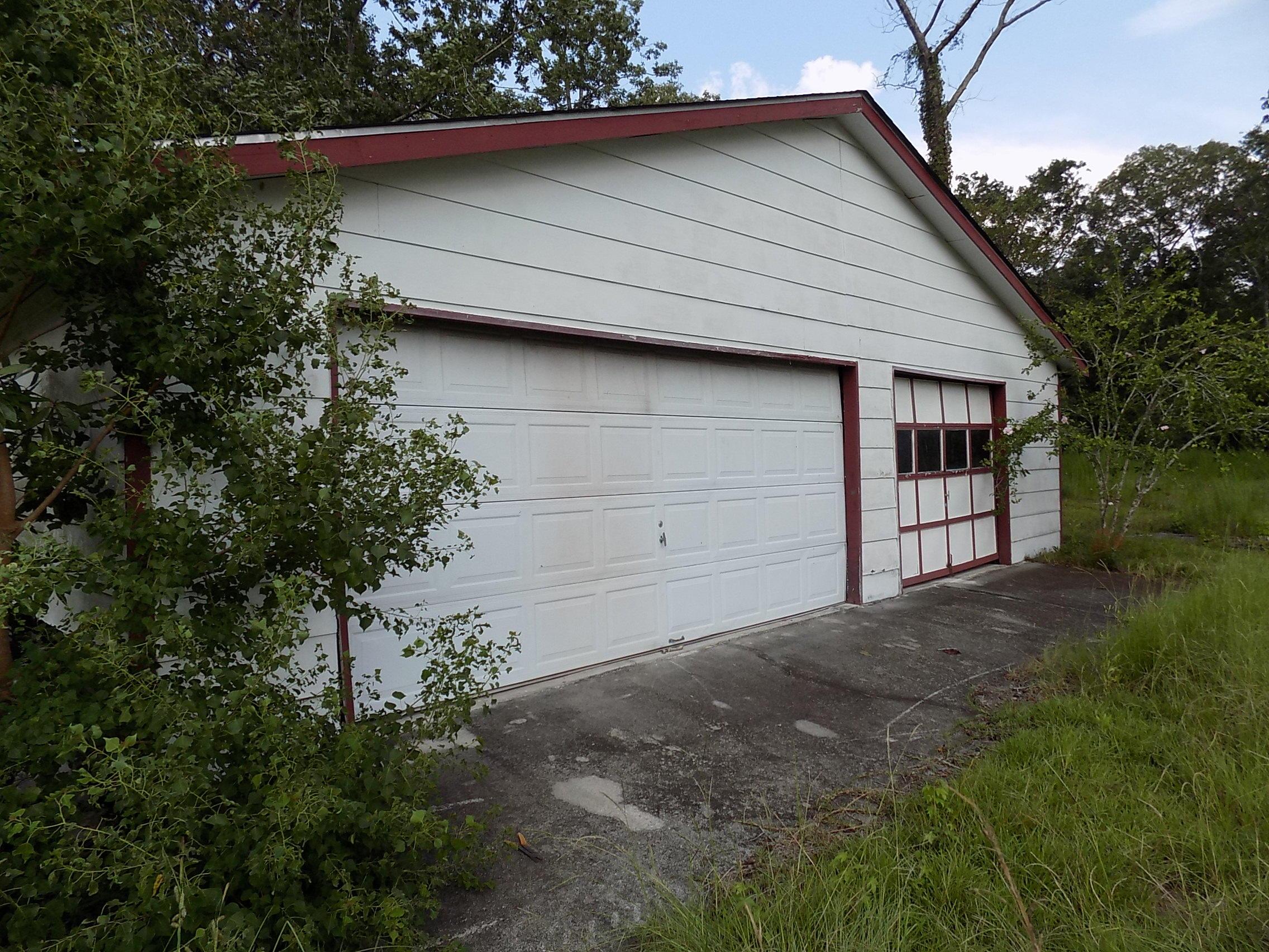 6870 Early Jersey Road Meggett, SC 29449