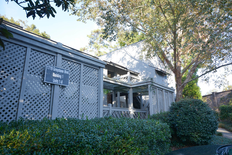 1719 Greystone Boulevard Mount Pleasant, SC 29464