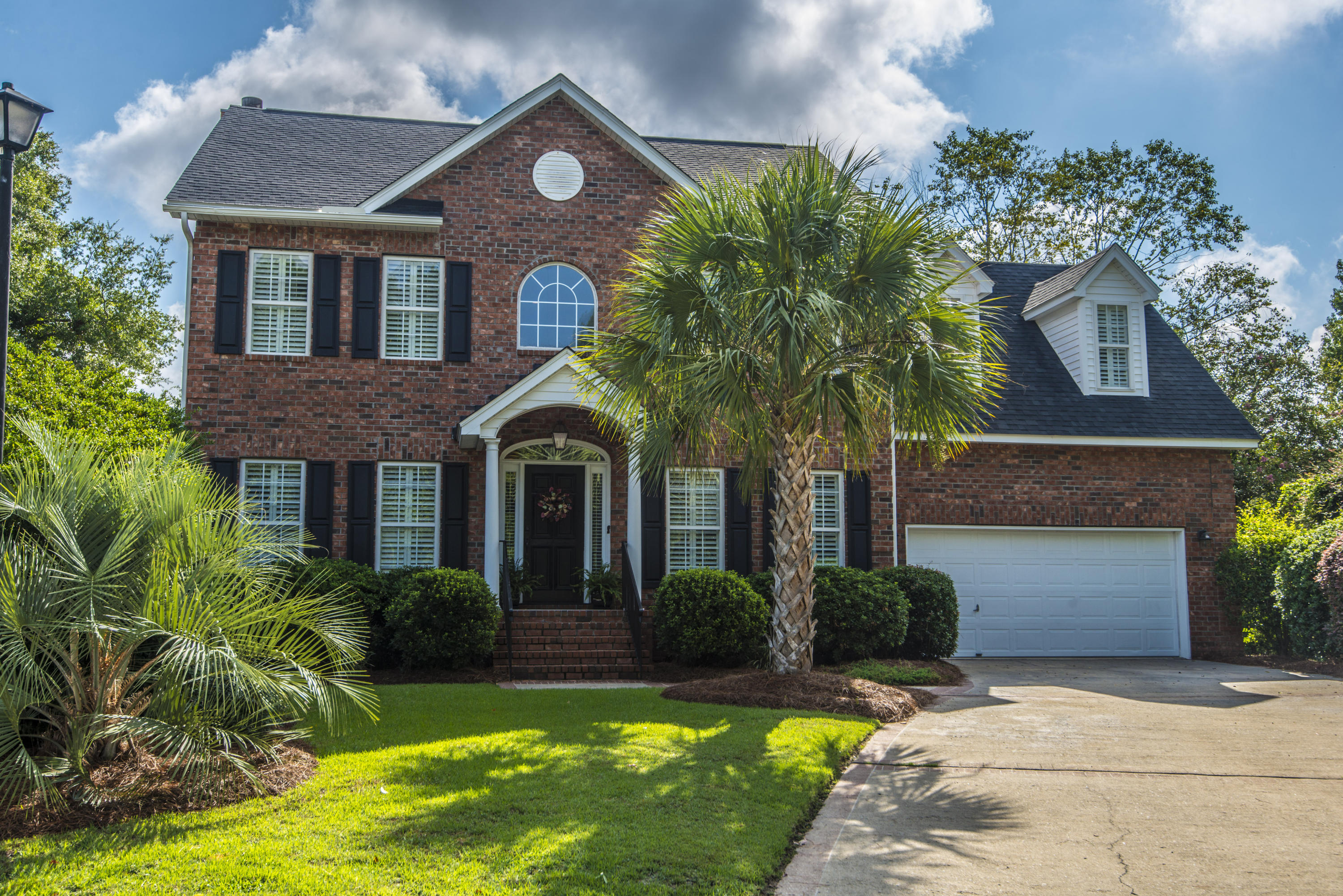 590 Heron Pointe Boulevard Mount Pleasant, SC 29464