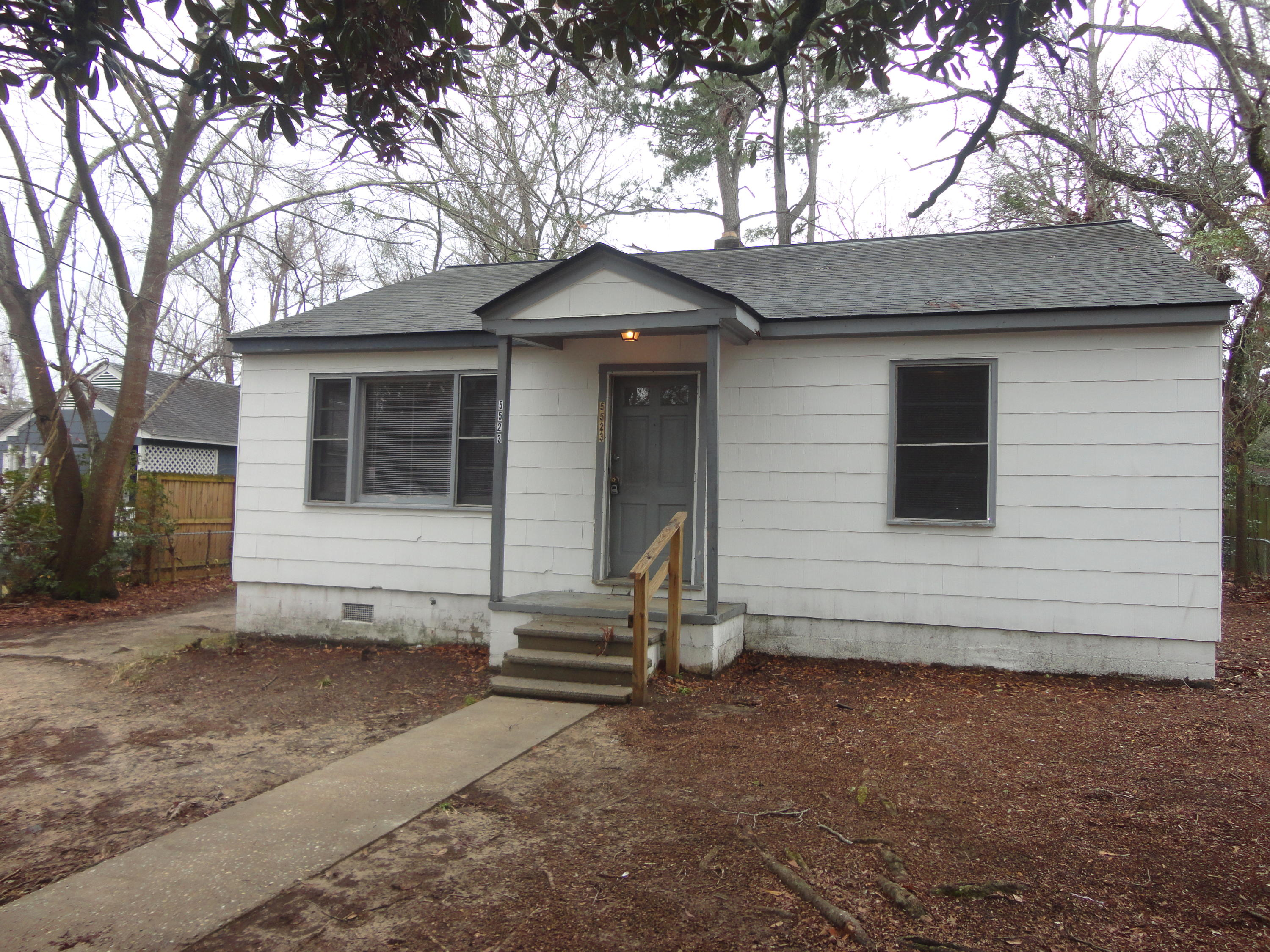 5523 Flanders Avenue North Charleston, SC 29406