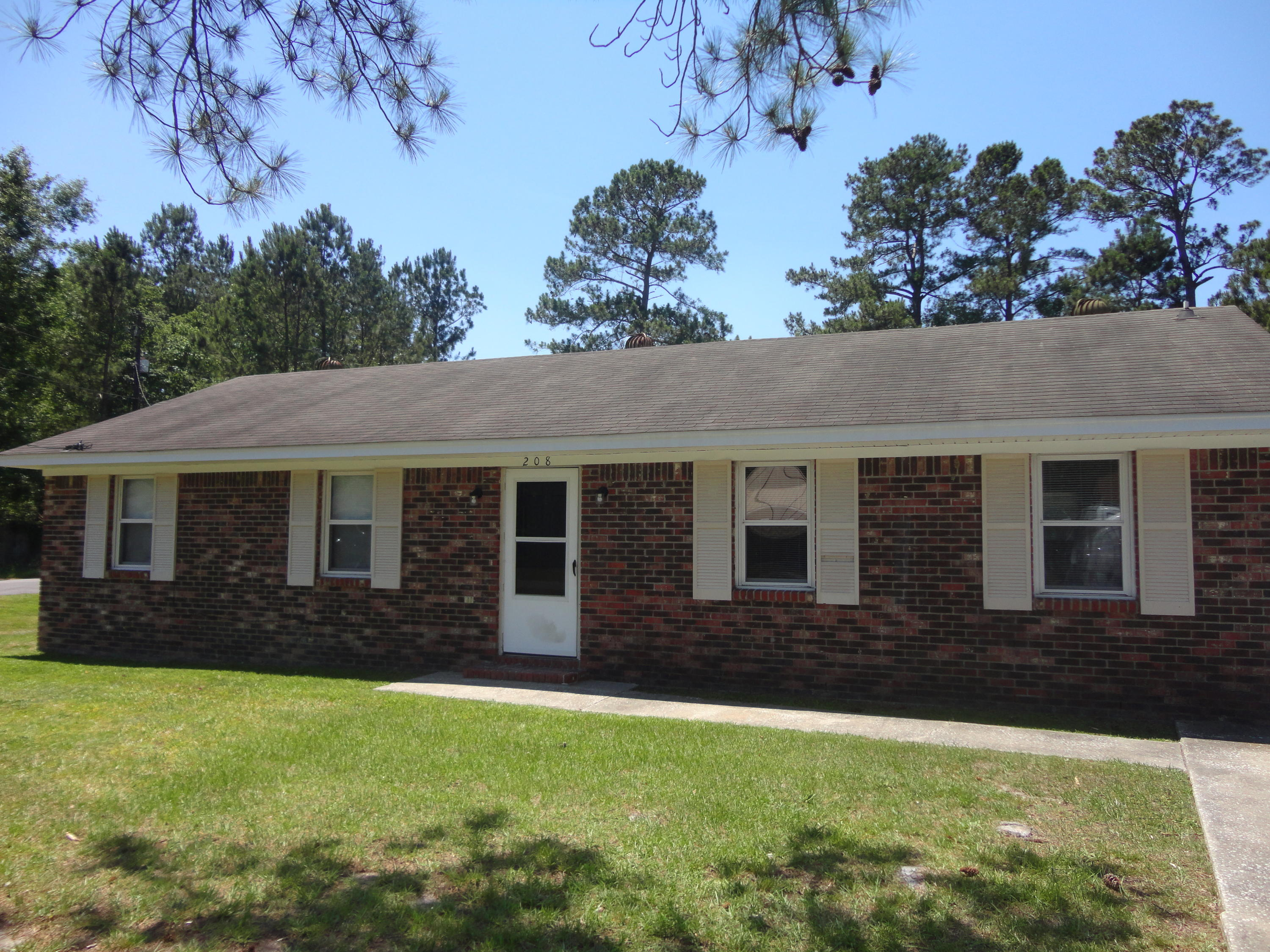 208 Ruth Anne Drive Summerville, SC 29483