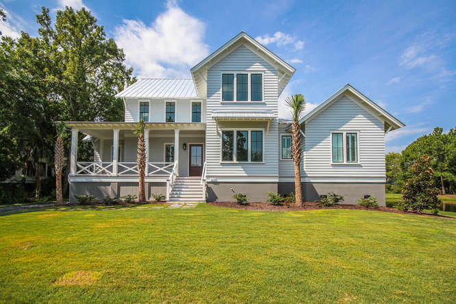625 Royall Avenue Mount Pleasant, SC 29464
