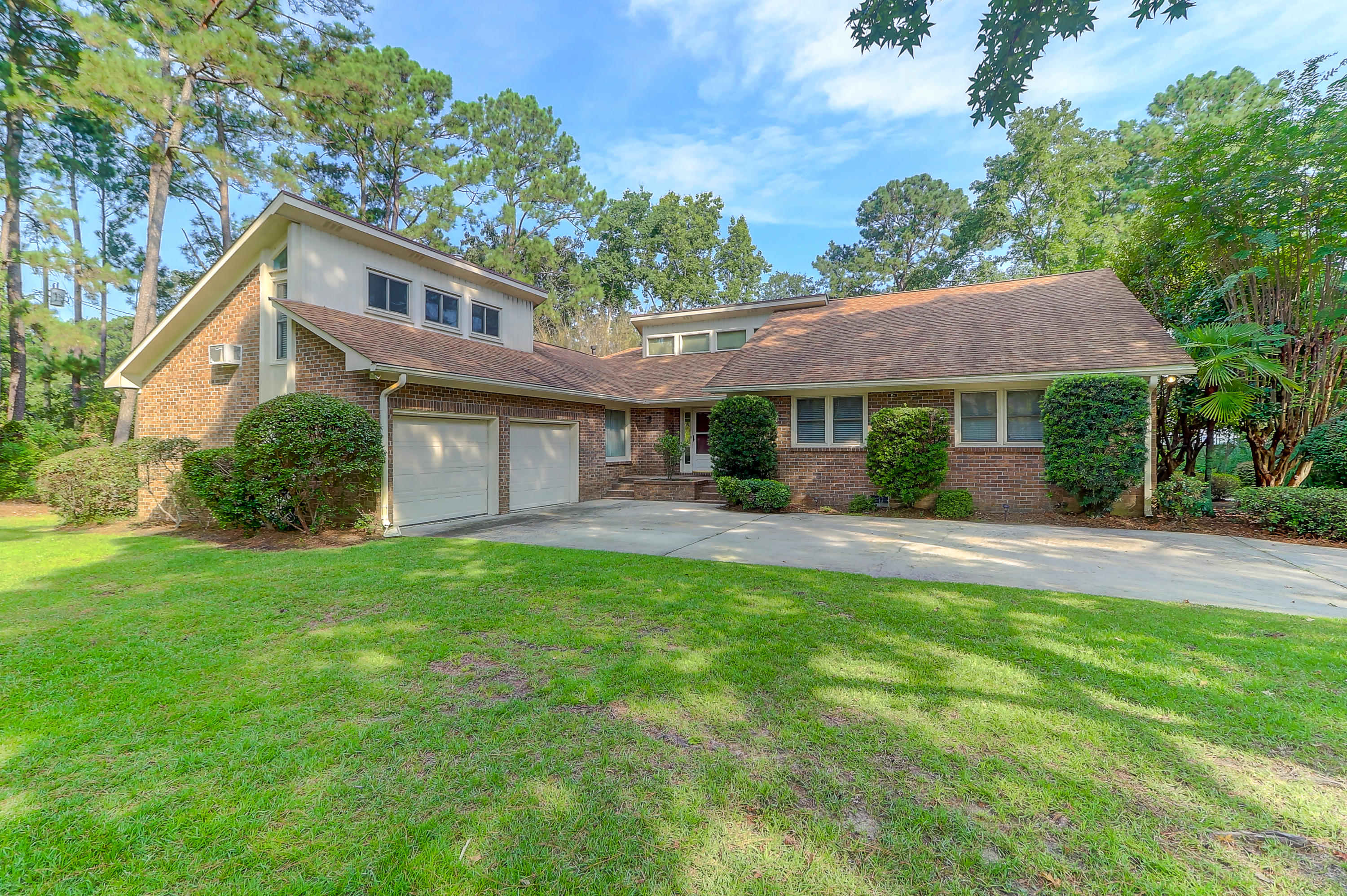 1518 Saint Helenas Point Charleston, SC 29407