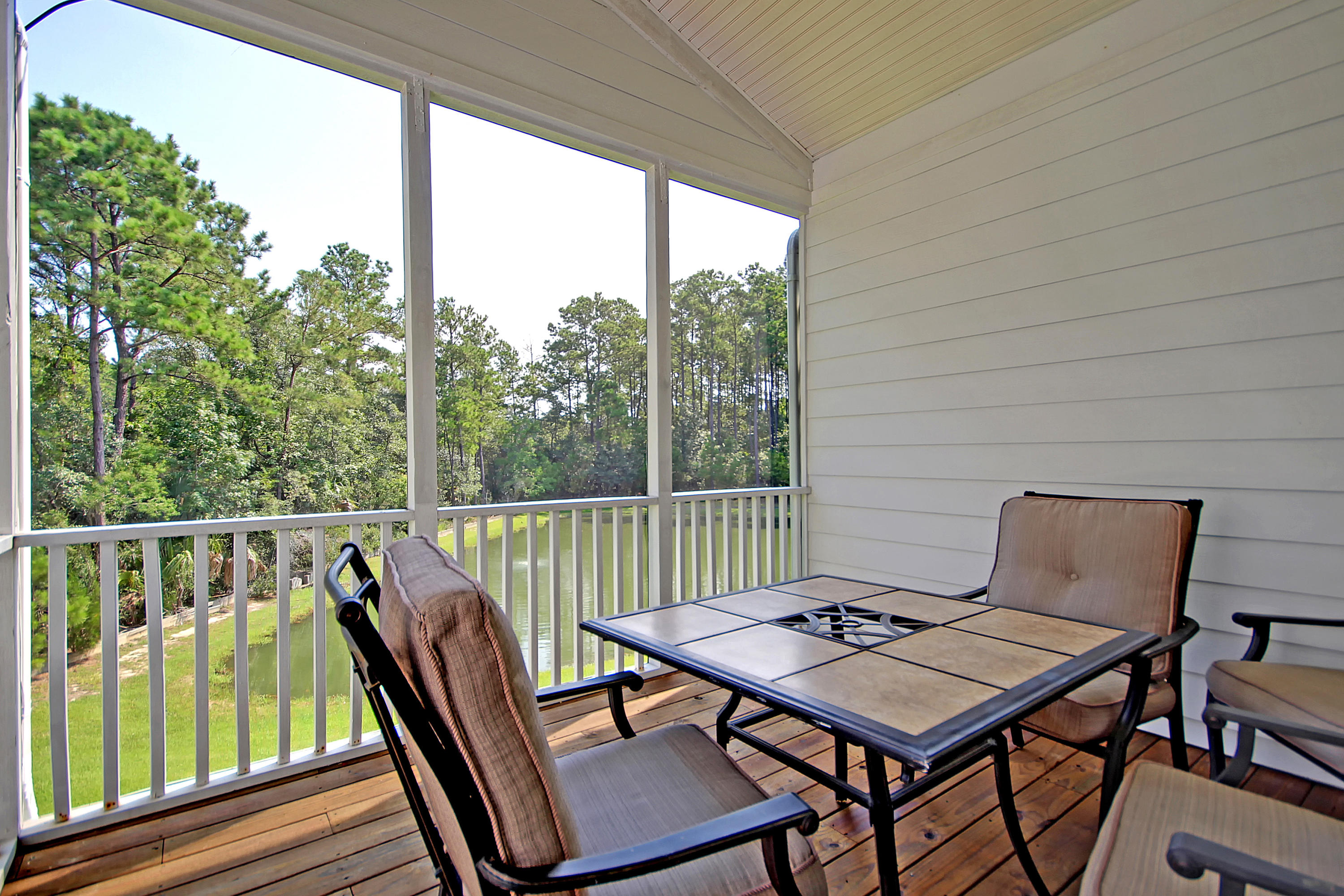 180 Fair Sailing Road Mount Pleasant, SC 29466