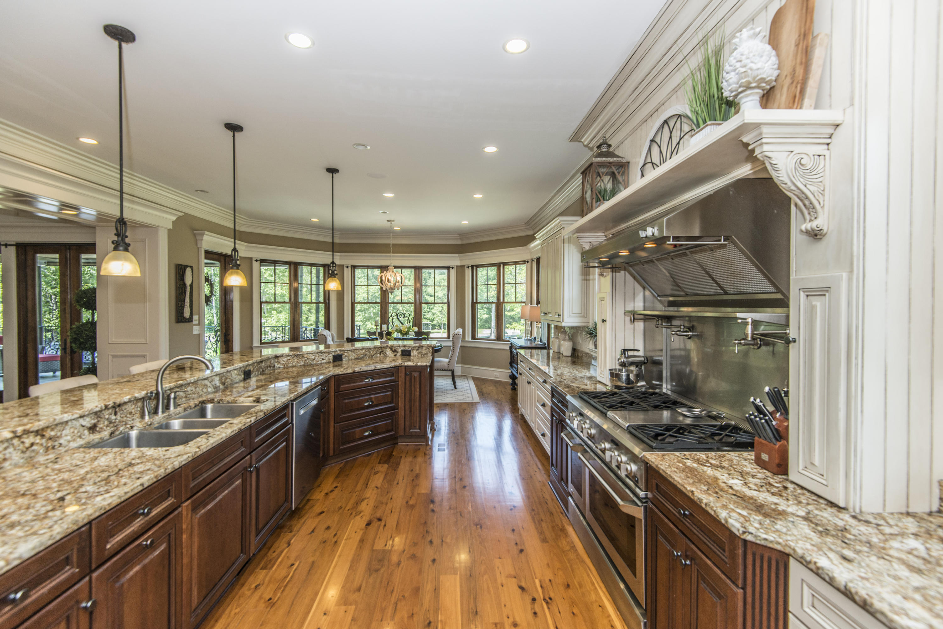 1194 Saddlehorn Road Summerville, SC 29486