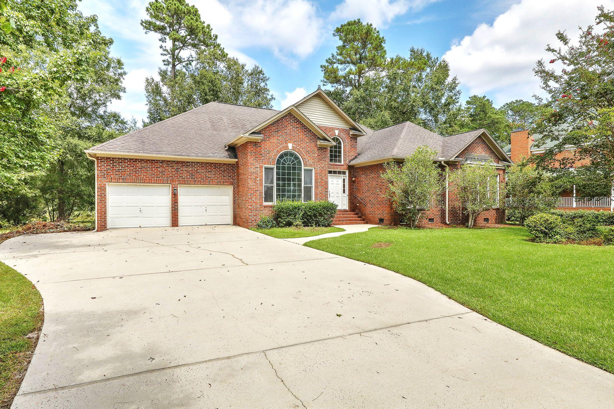 580 Barfield Drive Summerville, SC 29485