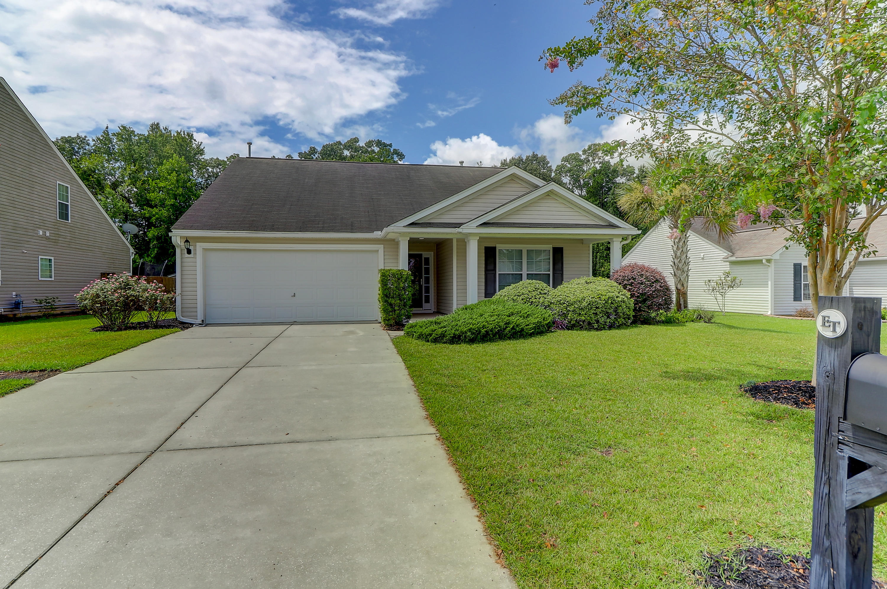 7410 Painted Bunting Way Hanahan, SC 29410