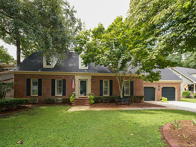 1423 Inland Creek Way Mount Pleasant, SC 29464