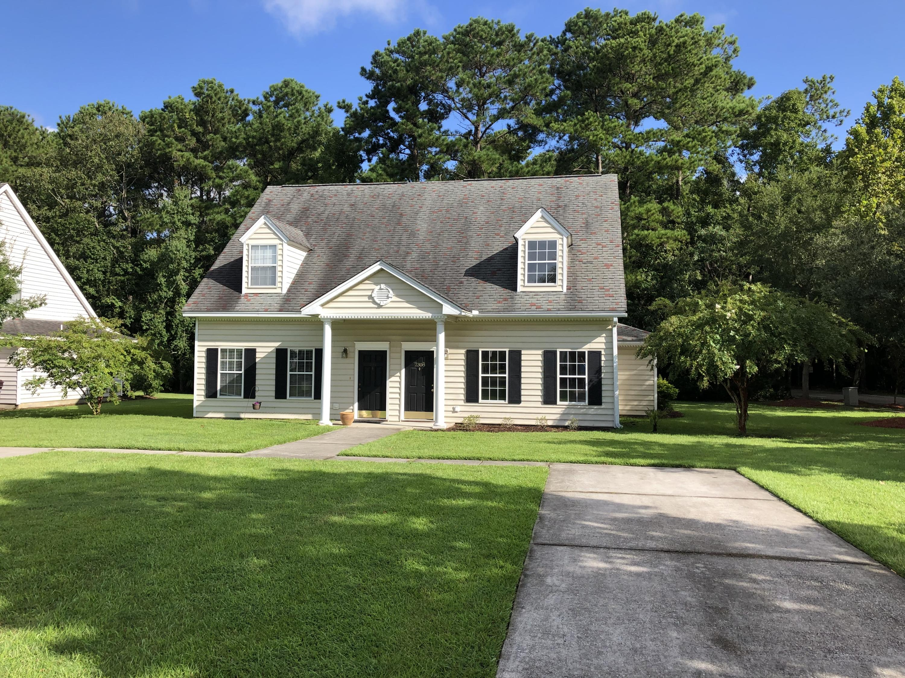 2308 Kings Gate Lane Mount Pleasant, SC 29466