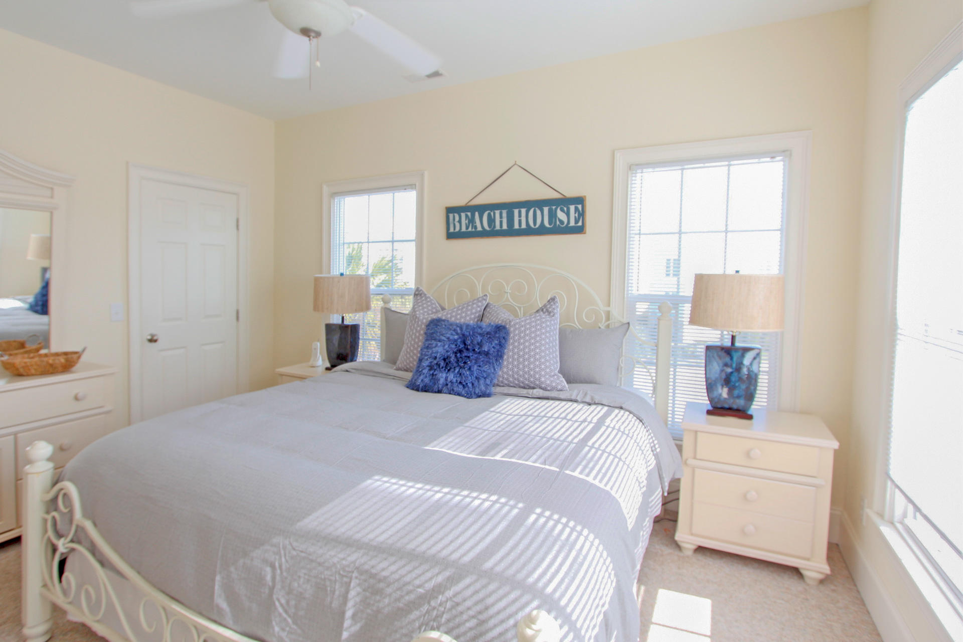 Isle of Palms Homes For Sale - 8 10th, Isle of Palms, SC - 19