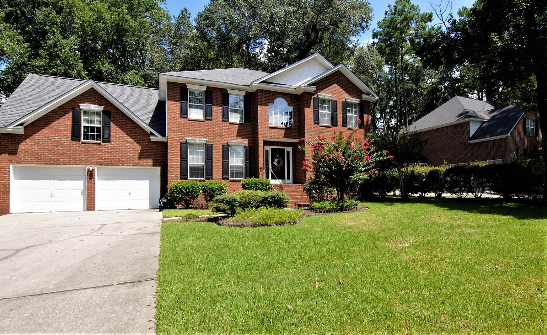 302 Kenilworth Road Summerville, SC 29485