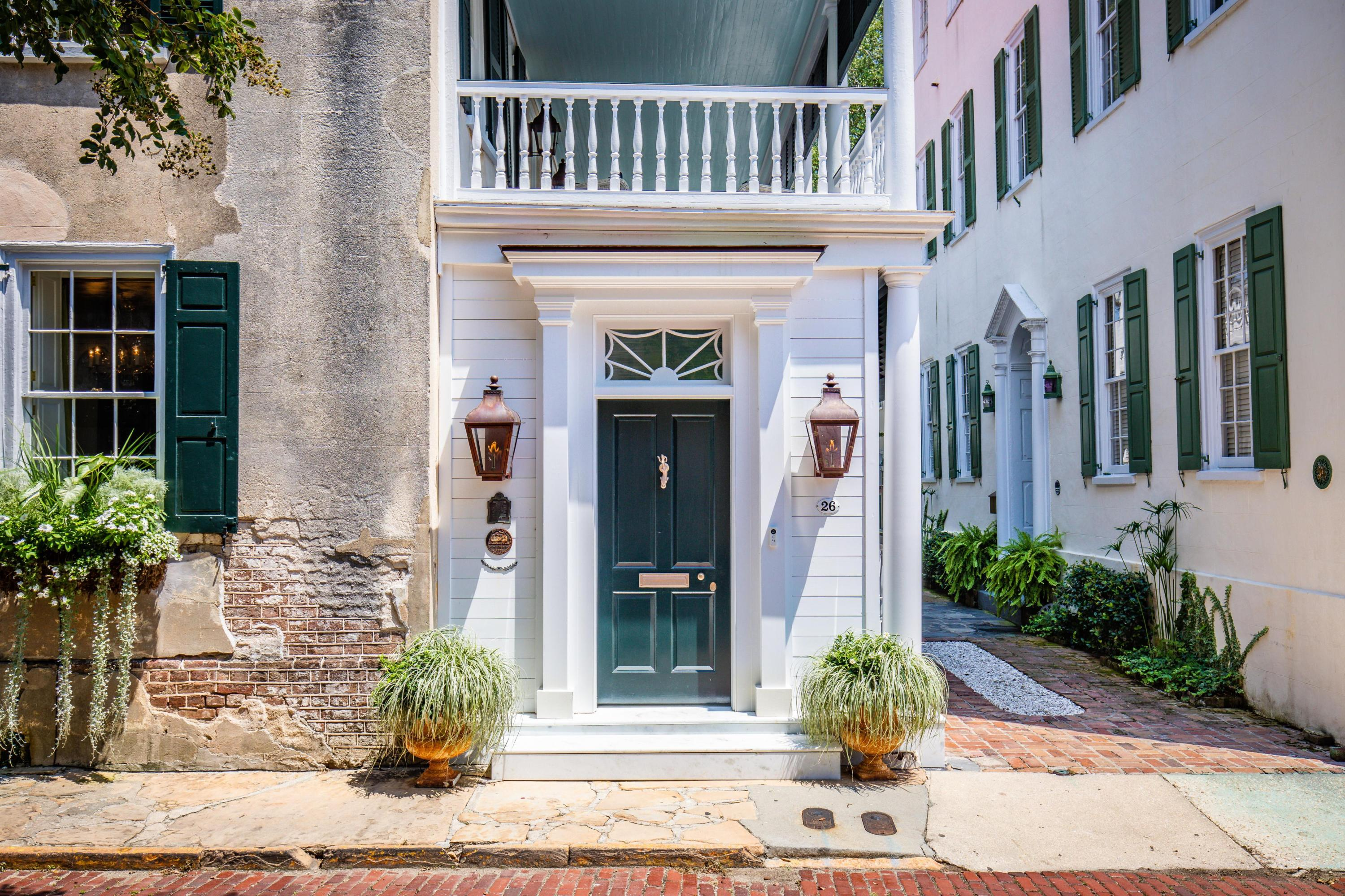 26 Church Street Charleston, SC 29401