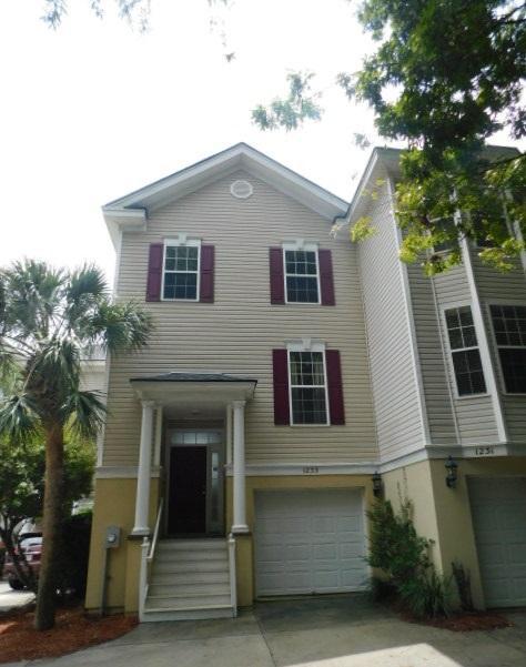1233 Peregrine Drive Charleston, SC 29412