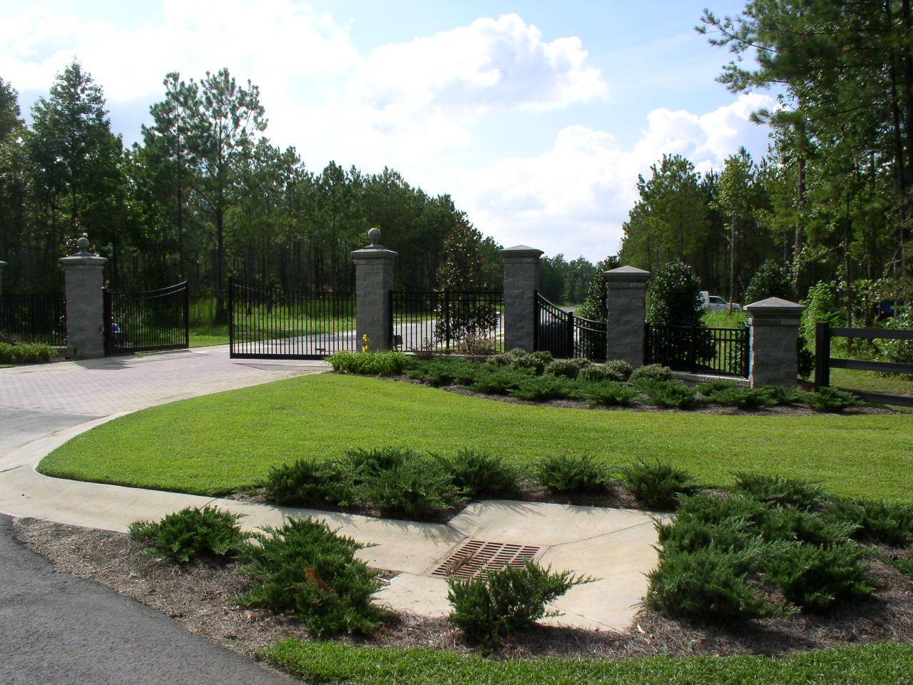 6 Stone Gate Lane Summerville, SC 29486