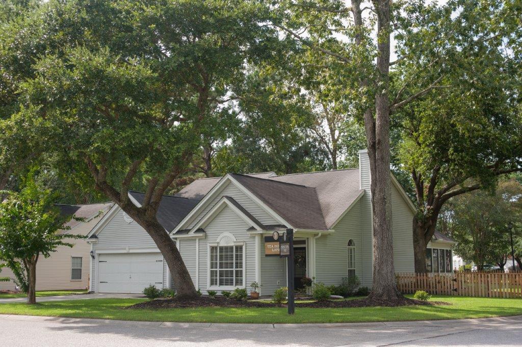 572 Tea House Lane Mount Pleasant, SC 29464