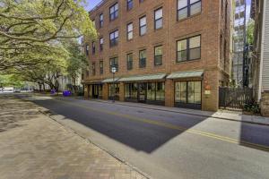 21 George Street, Charleston, SC 29401