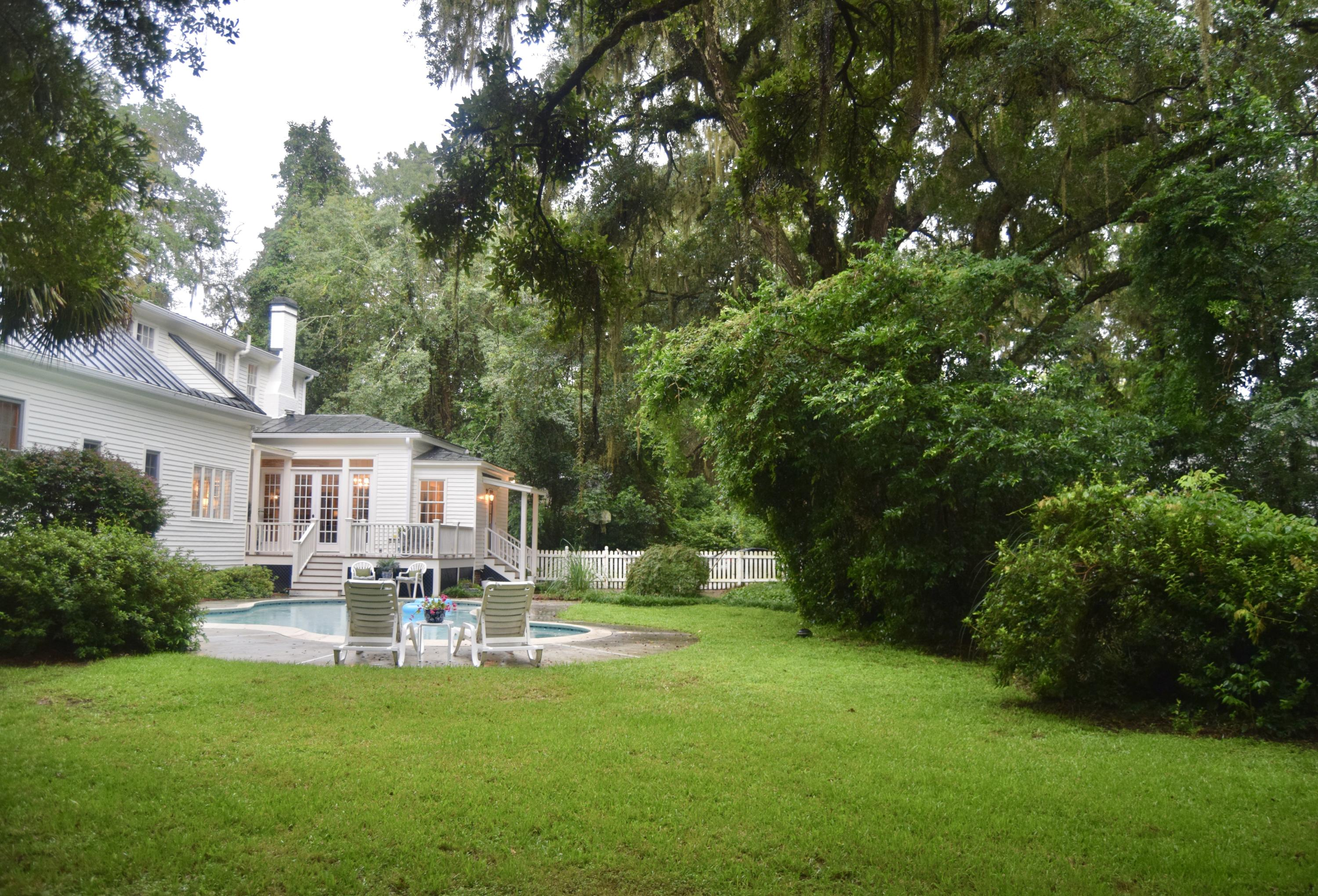 Historic District Homes For Sale - 115 Briarwood, Summerville, SC - 11