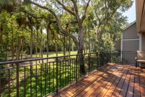 199 High Hammock Villas Drive, Johns Island, SC 29455